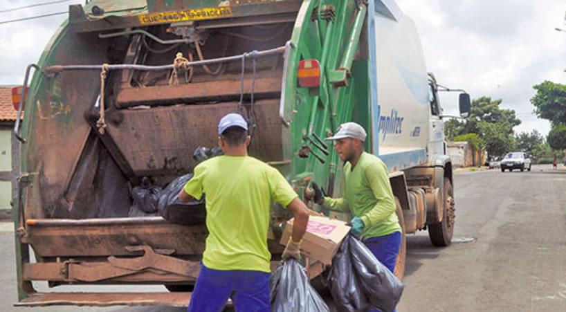 Coleta de lixo da Amplitec recebe alto grau de satisfação em Rio das Pedras